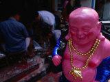 Ceremonial Buddha Statue, Malaysia Fotografisk tryk af Paul Beinssen