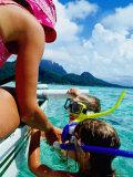 Children Snorkelling from Motor Boat, French Polynesia Fotografie-Druck von Philip & Karen Smith