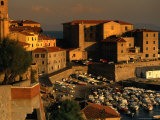 Old Section of Town on Waterfront, Piombino, Italy Fotografie-Druck von Damien Simonis