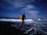 Surfer Entering Surf, Isla De Fuerteventura, Canary Islands, Spain Lámina fotográfica por Christian Aslund