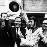 Bill Haley of the Comets is Presented with an Original 78RPM Record of Rock Around the Clock, 1968 Fotografisk tryk