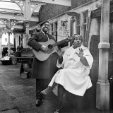 Brownie McGhee American Blues Singer and Rosetta Tharpe Reproduction photographique
