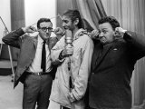Spike Milligan, Harry Seacombe and Peter Sellers Rehersing for the Goons Radio Show, March 1963 Stampa fotografica