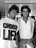 Andrew Ridgeley and George Michael of Wham Pop Group Reproduction photographique