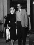 Marilyn Monroe and Her Husband Arthur Miller in London, 24th, July 1956 Fotografie-Druck