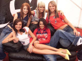 Girls Aloud after Performing at the West Belfast Festival on the Falls Road, August 2003 Fotografisk tryk
