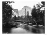Yosemite National Park, Valley Floor and Half Dome Photograph - Yosemite, CA Kunstdrucke von  Lantern Press