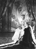 Queen Elizabeth II in Coronation Robes, England Reproduction photographique par Cecil Beaton