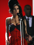 "Amy Winehouse Performs ""Rehab"" at 2007 Brit Awards from London's Earls Court on Valentines Day 2007 Fotografisk tryk"