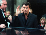 Actor Pierce Brosnan at Back Door of the Odeon Premiere of the Film Movie the Thomas Crown Affair Fotografisk trykk