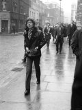 Rolling Stones' Mick Jagger Leaving the Court of Appeal After Listening to Evidence on Brian Jones Fotografie-Druck