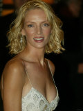 Uma Thurman at the Kill Bill Film Premier, October 2003 Yellow Carpet Reproduction photographique