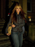 Beyonce Knowles, November 2003 Leaving the Art House Hotel, Glasgow, For Her Gig at Braehead Reproduction photographique