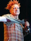John Lydon of Sex Pistols Pop Group at SECC Glasgow Tearing Off Sleeve Fotografisk tryk