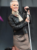 Pop Star Pink Performing at the V Festival at Hylands Park in Chelmsford, Essex. Virgin Festival Fotografisk tryk
