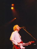Mark Knopfler Performing at the Newcastle City Hall with His Five Piece Band, May 1996 Reproduction photographique