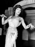 Shirley Bassey Pictured During a Rehearsal - 6th Jan 1961 Reproduction photographique