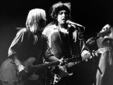 Bob Dylan and Tom Petty on Stage at Wembley Arena 1987 Fotografisk tryk