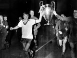 George Best Manchester United Parading the European Cup After Beating Benfica at Wembley Stadium Photographic Print