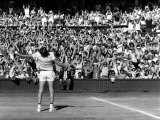 Centre Court Crowd Wildly Acclaim Bjorn Borg's Feat of Retaining Wimbledon Title Reproduction photographique