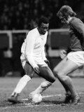 Brazilian Football Star Pele in Action For Santos Against Fulham March 1973 Fotografie-Druck
