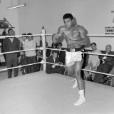Muhammad Ali Training at BBC Gym in Preparation For His Fight Against Brian London Lámina fotográfica