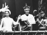 Investiture of Prince Charles at Caernarvon Castle with Queen Elizabeth and Prince Philip, 1969 Fotografisk tryk