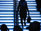 Silhouetted Shoppers Walk Up the Stairs to Park Lane Plaza in Causeway Bay Fotografisk trykk av Ray Laskowitz