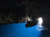 Rowboat Inside Blue Grotto Fotografie-Druck von Holger Leue