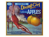 Diving Girl Brand Apple Label, Watsonville, California Póster por  Lantern Press