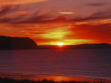 Sunrise in Katmai National Park, Alaska, USA Fotografisk tryk af Dee Ann Pederson