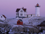 Cape Neddick Lighthouse, The Nubble, Maine, USA Impressão fotográfica por Jerry & Marcy Monkman