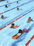 Children Learning to Swim Fotografie-Druck von Bill Bachmann