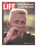 Former Green Beret Col. Robert Rheault, Smoking Cigarette, November 14, 1969 Fotografisk tryk af Henry Groskinsky