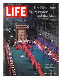 The New Pope, Vatican Interior, July 5, 1963 Impressão fotográfica por Dmitri Kessel