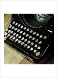 American Antiques: Typewriter Giclee Print by Nicolas Hugo