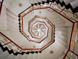 Spiral Staircase in the Interior of a Pagoda Found at Sun Moon Lake, Taiwan Fotografisk trykk av  xPacifica