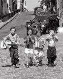 Banda de niños, Montmartre, París, c.1999 Lámina por Bruno De Hogues
