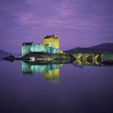 Eilean Donan Castle, Dornie, Highlands, Scotland, United Kingdom, Europe Fotografisk tryk af Roy Rainford