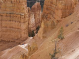 People on Trail, Bryce Canyon National Park, Utah, United States of America, North America Reproduction photographique par Jean Brooks