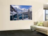 Wenkchemna Peaks and Moraine Lake, Banff National Park, Alberta, Canada Seinämaalaus tekijänä Gavin Hellier
