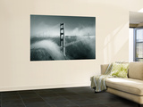 Golden Gate Bridge with Mist and Fog, San Francisco, California, USA Poster géant par Steve Vidler