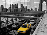 Yellow Cab on Brooklyn Bridge Posters por Henri Silberman
