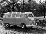 1963 Volkswagen Bus Photo