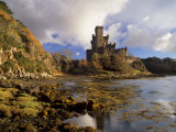 Dunvegan Castle, Isle of Skye, Inner Hebrides, Highland Region, Scotland, UK Reproduction photographique par Patrick Dieudonne