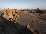 Desolate Landscape of Lac Abbe, Dotted with Limestone Chimneys, Djibouti, Africa Fotografisk tryk af Mcconnell Andrew