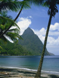 Pitons, St. Lucia, Windward Islands, West Indies, Caribbean, Central America Fotografisk trykk av Harding Robert