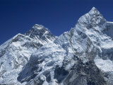 Snow-Capped Peak of Mount Everest, Seen from Kala Pattar, Himalaya Mountains, Nepal Reproduction photographique par Alison Wright