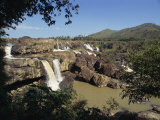 Landscape View of the Lien Khuong Waterfall and Rocks at Dalat, Vietnam, Indochina, Southeast Asia Reproduction photographique par Alison Wright