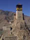 Exterior of Tower at Yumbu Lhakang, the Oldest Dwelling in Tibet, Central Valley of Tibet, China Reproduction photographique par Alison Wright